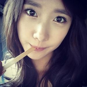 Selca_Yoona