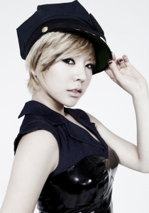snsd-sunny-3rd-album-mr-taxi-version-concept-pictures-2